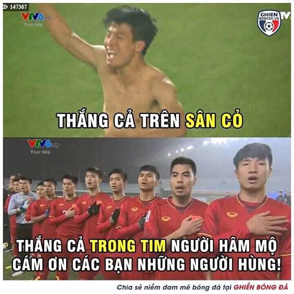 Cảm ơn các người hùng bóng đá đã khiến triệu người dân Việt Nam cảm thấy tự hào.