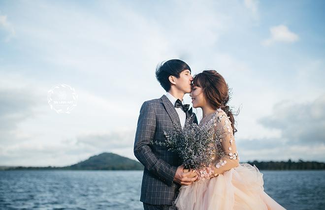 Hồ Ea Kao với vẻ đẹp  thơ mộng, trữ tình và gần gũi với thiên nhiên... (Ảnh: Tài Linh Photography)