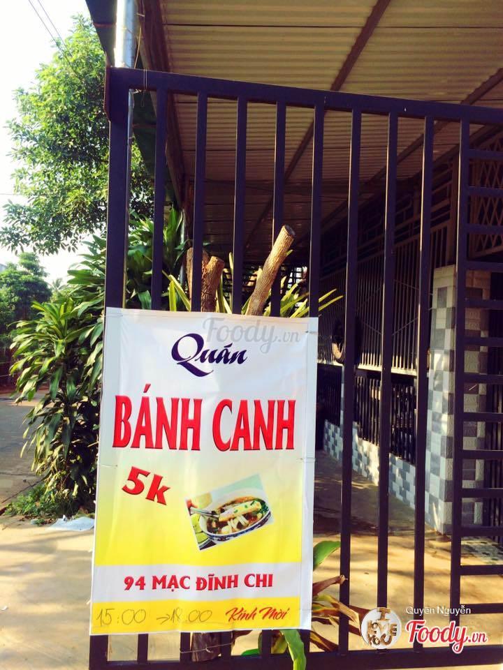 Quán bánh canh 5k là một địa chỉ ăn vặt không thể bỏ qua ở BUôn Ma Thuột.
