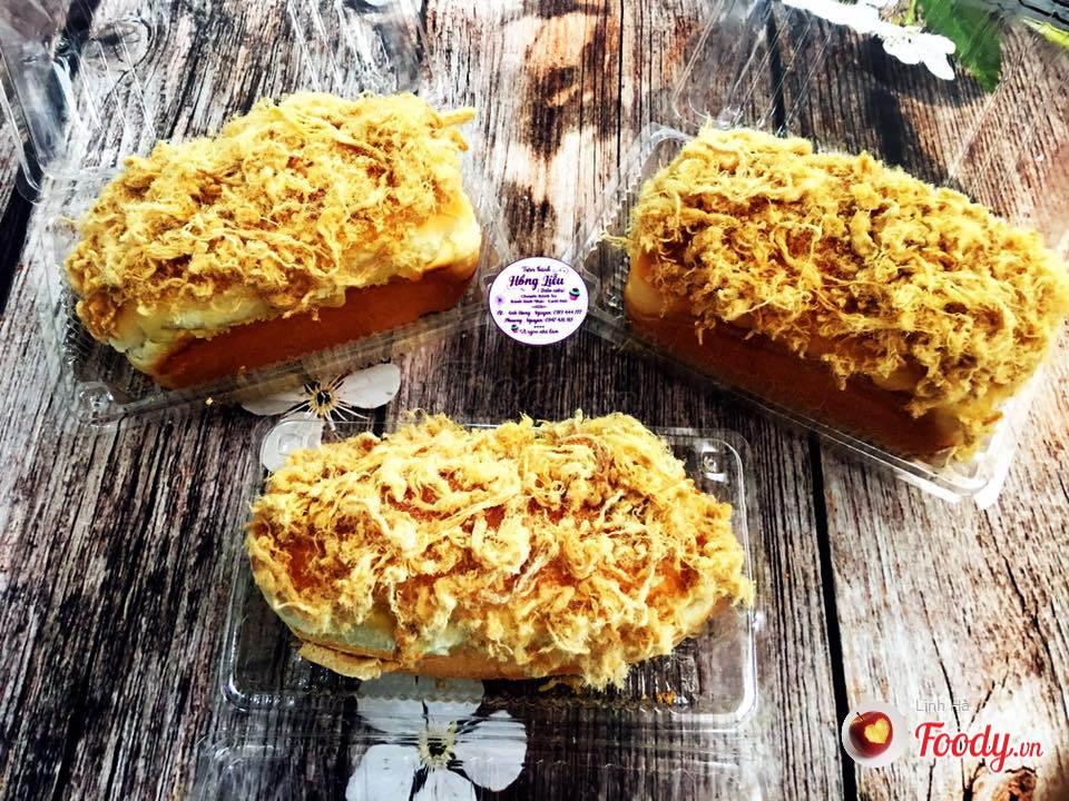 Nếu là một fan của phô mai, bạn sẽ không thể không bị quyến rũ bởi món bánh này.