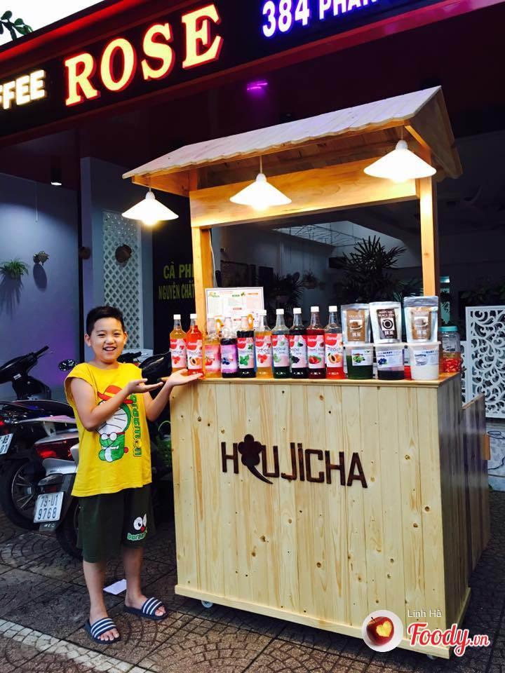 Trà sữa Houjicha đã đổ bộ vào phố núi Buôn Ma Thuột.