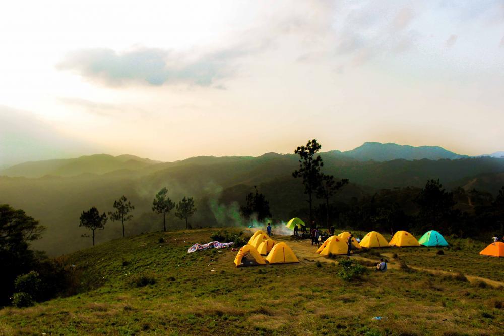 Khung cảnh thơ mộng nơi dựng trại nghỉ đêm