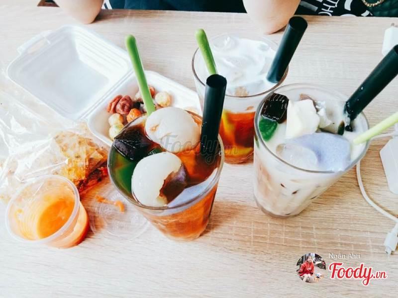 Ngoài đồ ăn, thì ở đây cũng không thiếu đồ uống thú vị dành cho bạn!