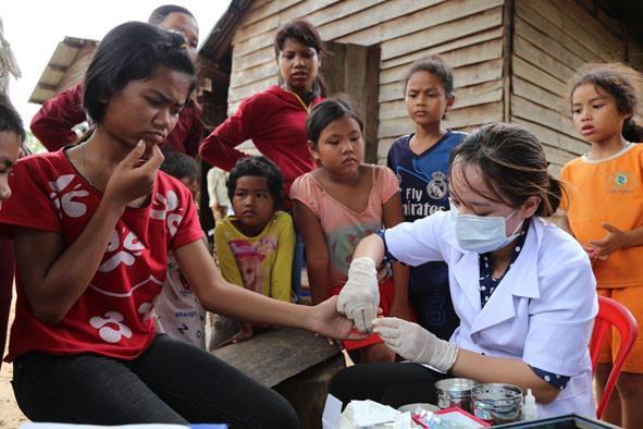 Lấy mẫu xét nghiệm ký sinh trùng sốt rét tại từng vùng