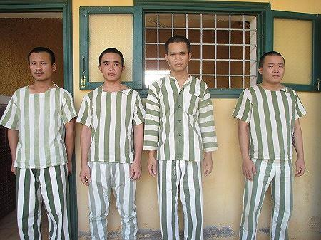Các đối tượng bị bắt giữ khi thực hiện hành vi chiếm đoạt tài sản