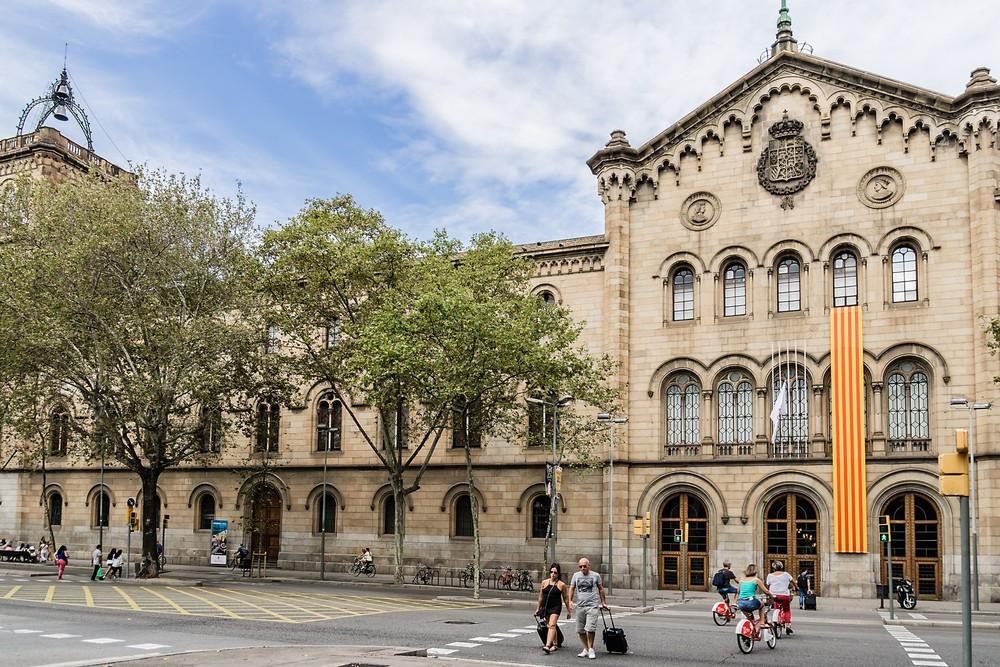 Đại học Barcelona (Tây Ban Nha)