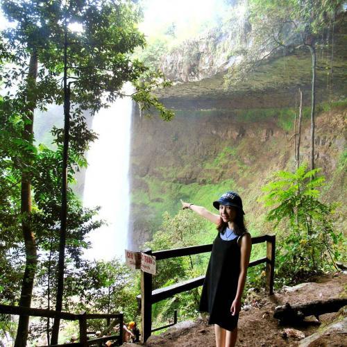 Vẻ đẹp hoang sơ của thác. (Nguồn: @pe.chik)