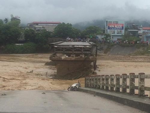 Cầu Thia, nơi phóng viên Đ.H.D và 3 người dân gặp nạn