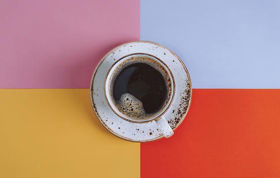 Caffein cũng gây nên chứng run tay giống như stress.