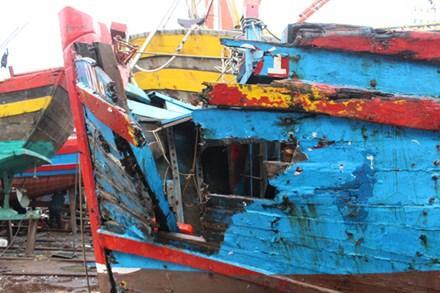 Tàu bị đâm chìm