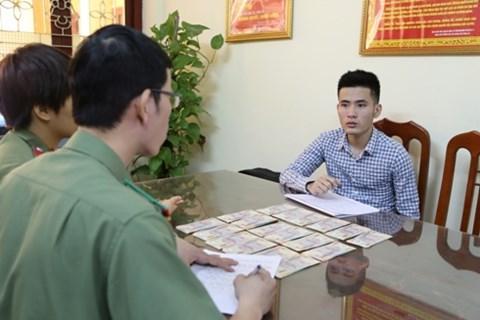 Đối tượng Linh cùng tang vật bị Công an tỉnh Lạng Sơn phát hiện, bắt giữ