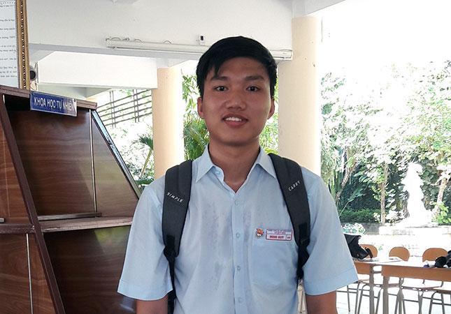 Đào Ngọc Minh Huy mong muốn trở thành bác sĩ để chữa bệnh cho mọi người.
