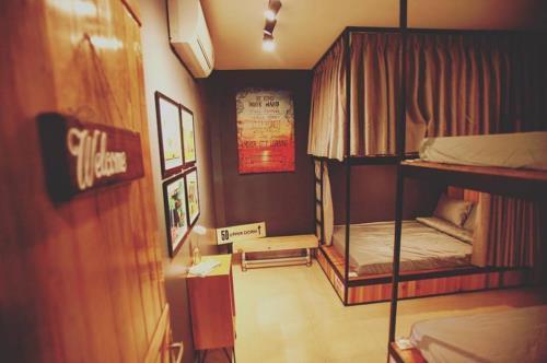 Không gian của Upper Dorm không quá rộng nhưng lại cực kì sạch sẽ và riêng tư. (Nguồn: 5D Upper hostel)