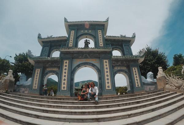 Chuyến đi Đà Nẵng - Hội An đáng nhớ của cặp mẹ con cực dễ thương