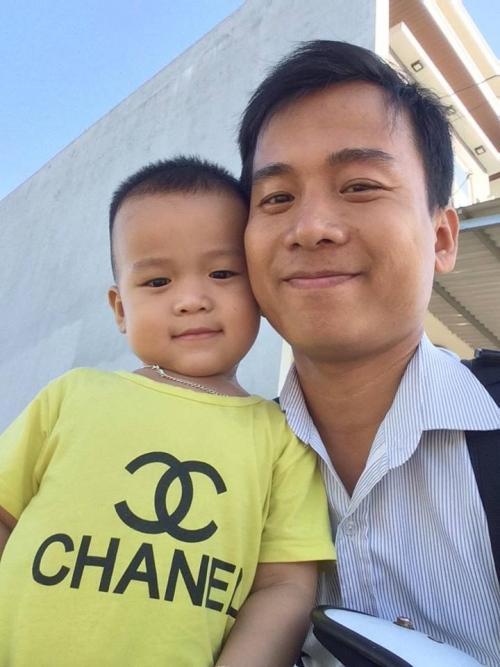Thầy và con trai của mình