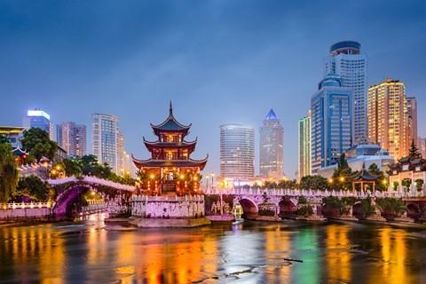 Năm đầu tiên của lịch Trung Quốc tính từ khi Vua Hằng Trị bắt đầu thời kỳ của mình từ năm 2637 trước Công nguyên. Lịch được tính theo chu kỳ thiên văn của sao Mộc. Mất 12 năm để sao Mộc quay hết một vòng mặt trời.