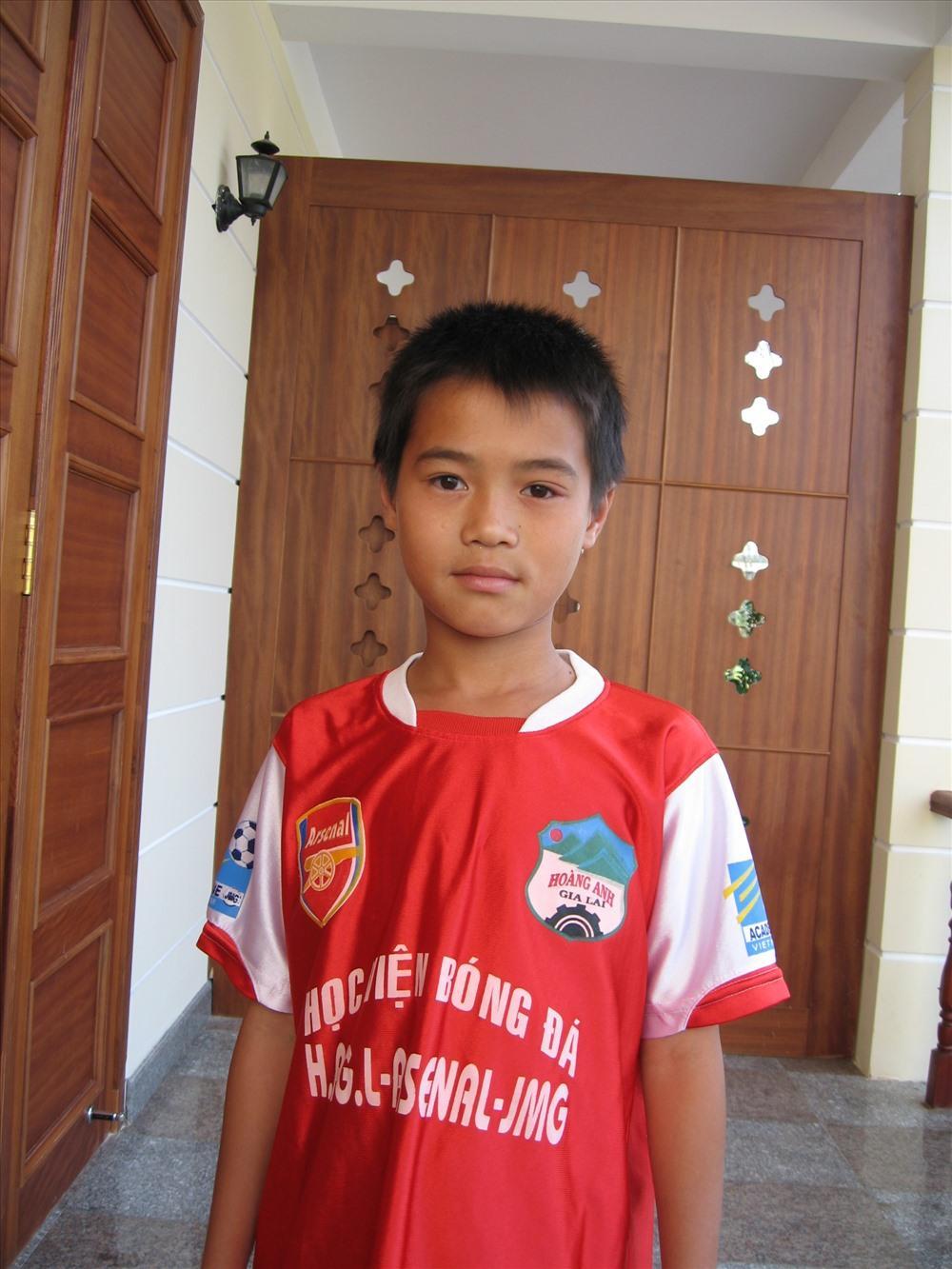 Tiền đạo Nguyễn Văn Toàn.