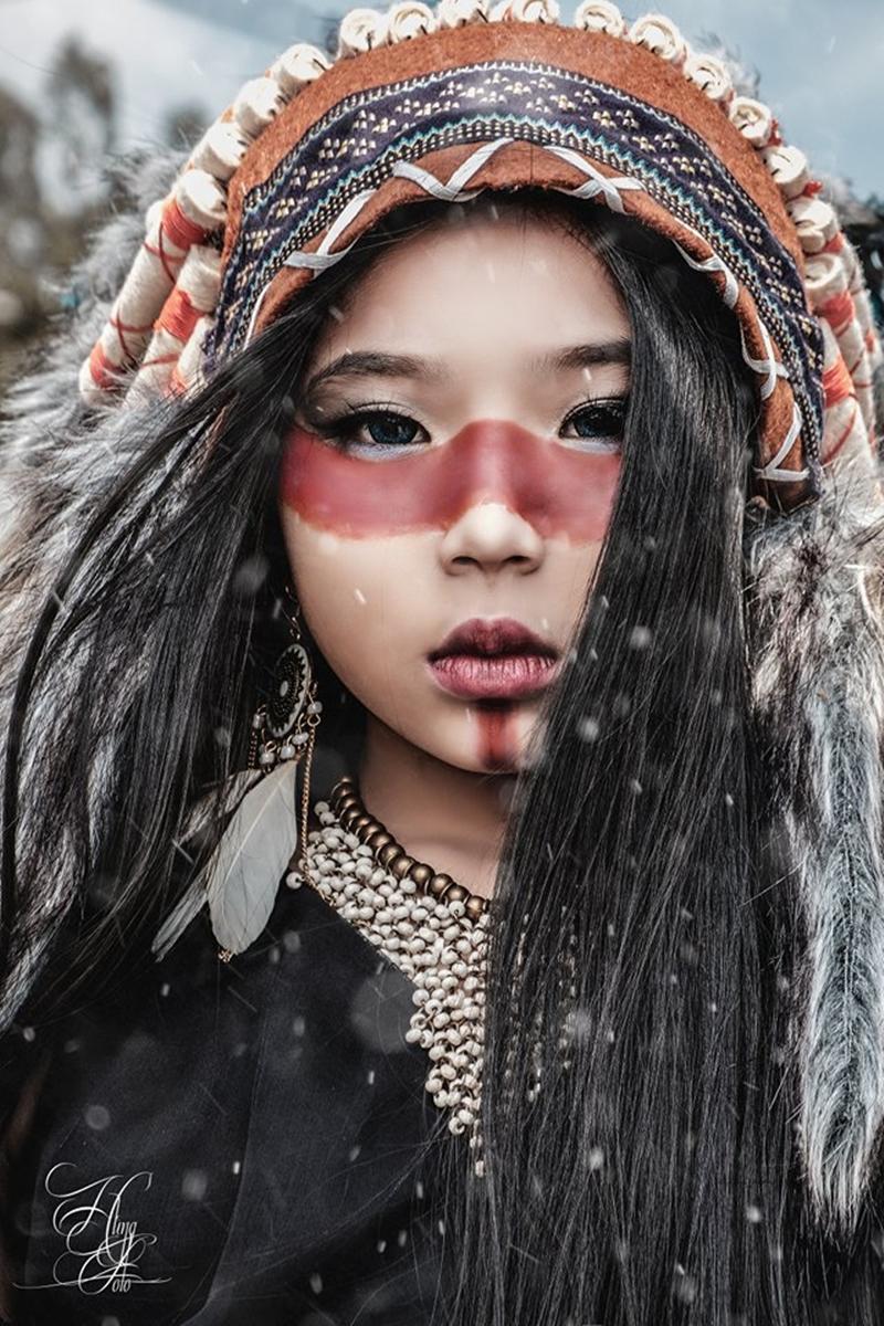 ối trang điểm độc đáo do make up Nắng thực hiện đã khiến cho bộ ảnh thổ dân của Nhật Phương và Gia Huy trở nên thu hút