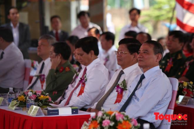 Lãnh đạo TP Đà Nẵng và các đại biểu tại buổi lễ. Ảnh: Đức Hoàng