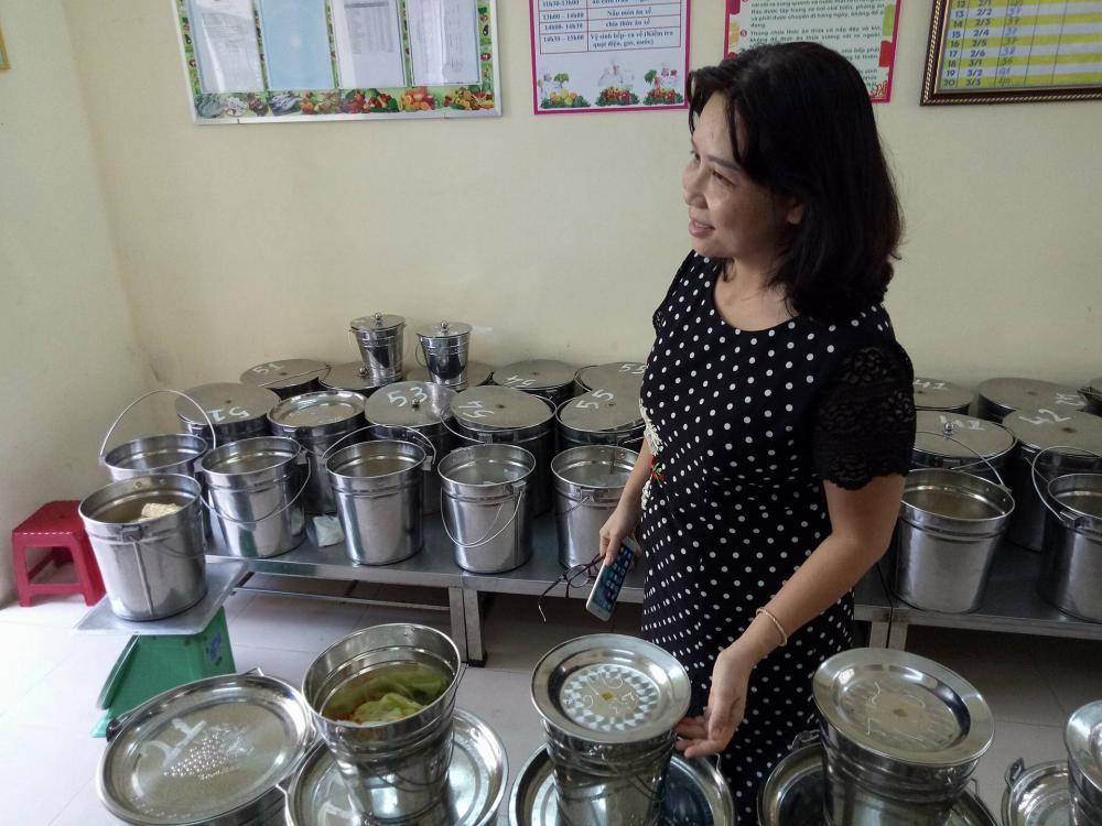 Bà Hoàng Anh bị điều chuyển từ Hiệu trưởng trường tiểu học Lý Công Uẩn về chuyên viên phòng GD&ĐT quận Hải Châu.