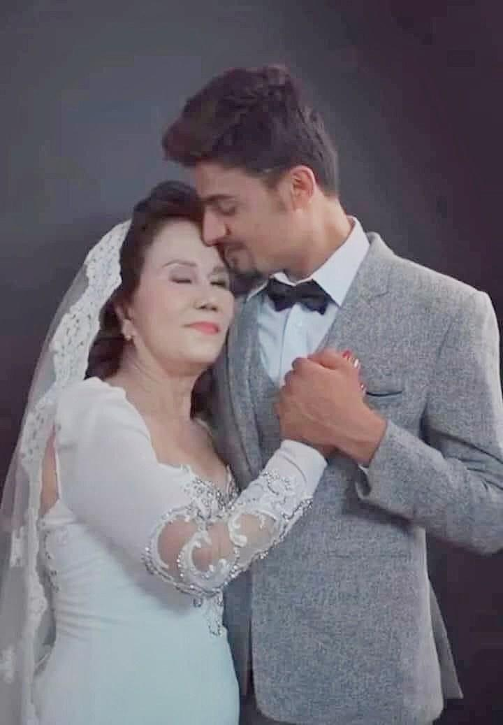 Ảnh cưới của cặp đôi mới được tiết lộ. (Ảnh: Đ.V.C)