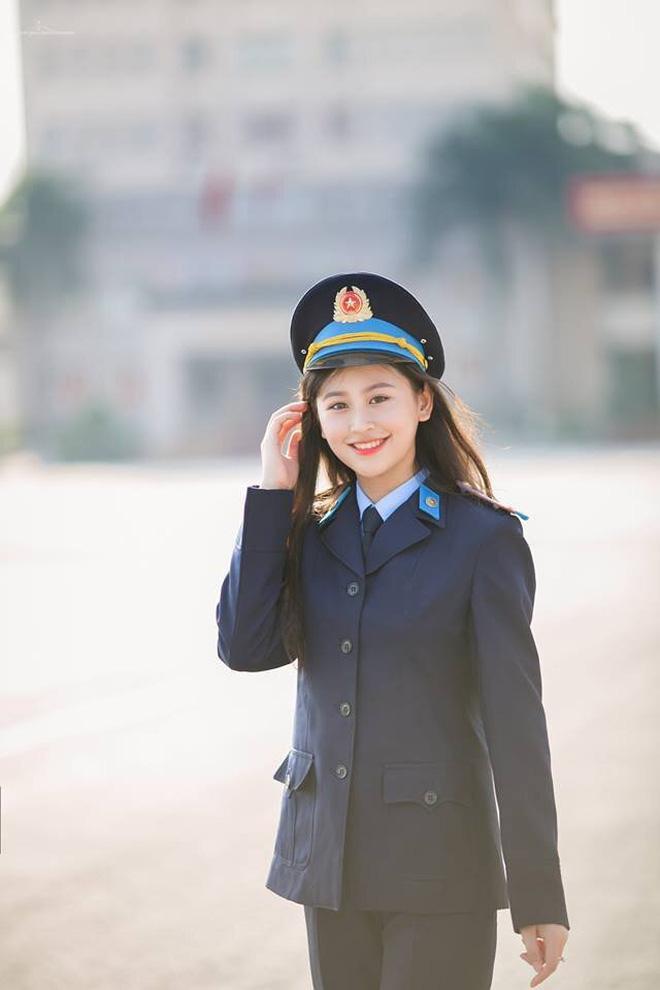 Hoàng ANh hiện là sinh viên năm cuối chuyên ngành Tư pháp hình sự của trường Học viện Cảnh sát nhân dân.