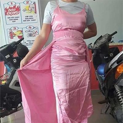Chiếc váy nhận về nhăn nhúm không khác gì giẻ lau.