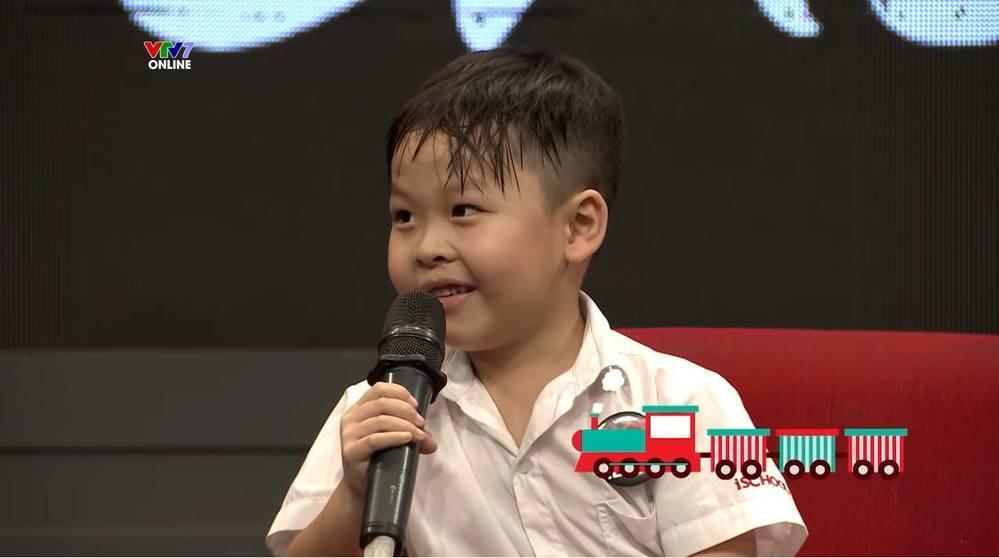 Bảo Chung cũng vô cùng đáng yêu khi nói mình rất yêu thích tàu hỏa... (Ảnh: Chụp màn hình)
