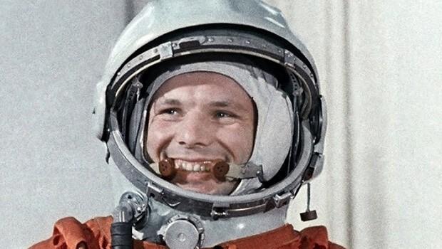 Việc nhà du hành vũ trụ Yuri Gagarin là người đầu tiên bay vào vũ trụ đã trở thành cảm hứng để bố mẹ bác Tiên đặt tên cho con.