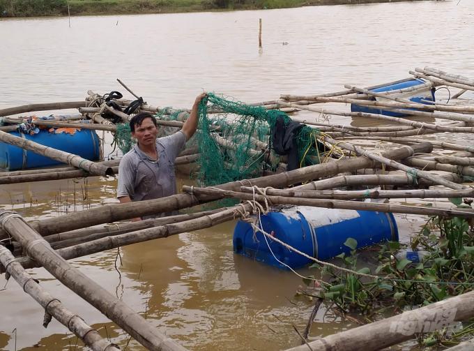 Mưa lũ đã làm cho người nuôi trồng thủy sản ở Quảng Trị bị thiệt hại nặng. Ảnh: Công Điền.