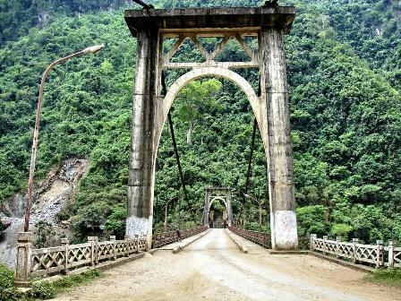 """Cầu Hang Tôm cũ từng là """"Đông Dương đệ nhất cầu""""."""