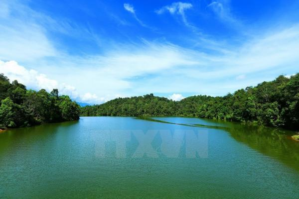 Hồ Pá Khoang nằm trong quần thể khu du lịch Pá Khoang thuộc địa phận xã Mường Phăng, huyện Điện Biên (tỉnh Điện Biên) có tổng diện tích 2.400ha. Ảnh: Phan Tuấn Anh/TTXVN