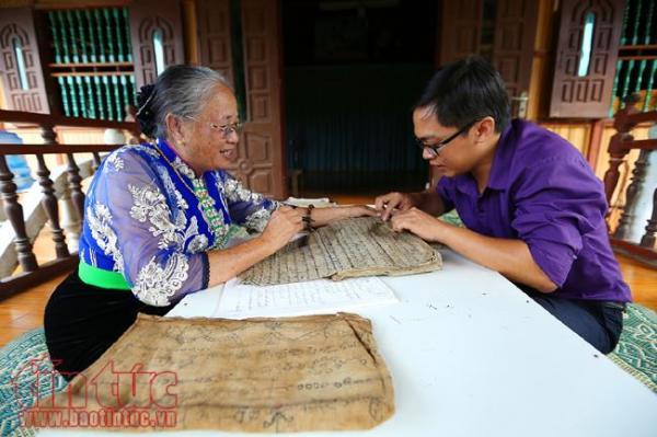 Nghệ nhân Lương Thị Đại mong muốn chữ Thái cổ được truyền lại cho các thế hệ sau như một nét văn hóa không thể thiếu trong cộng đồng dân tộc Thái.
