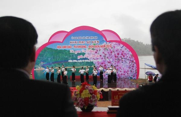 Sự kiện Hoa Anh Đào - Pá Khoang - Điện Biên năm 2018 diễn ra từ ngày 6-8/1/2018 tại