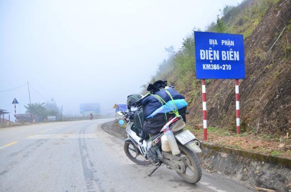 Hành trình đến với Điện Biên của chàng trai Quốc Dương khiến nhiều người con xa quê nhớ nhà.