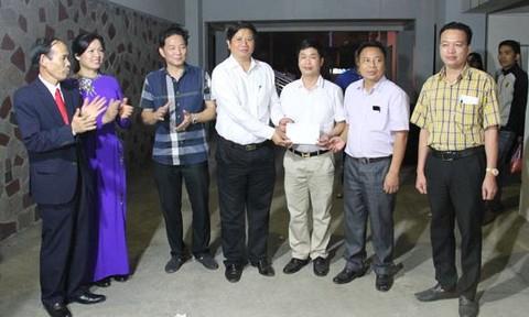 Lãnh đạo tỉnh Lào Cai khen thưởng Ban chuyên án.