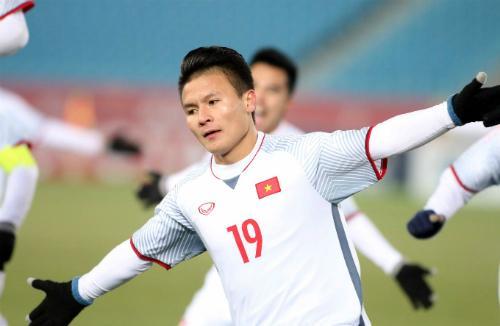 Quang Hải là một trong những cầu thủ gây ấn tượng nhất giải đấu tại Trung Quốc. Ảnh: Anh Khoa.