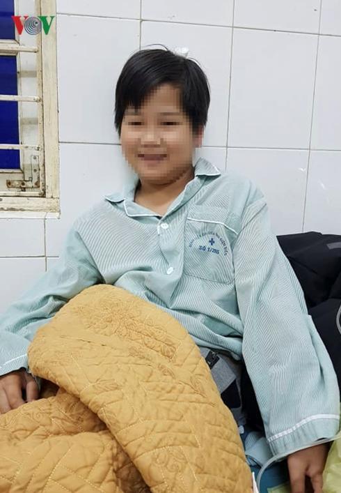 Hiện tinh thần của cháu Tuấn đã dần ổn định và đang được các y bác sỹ tại Bệnh viện Đa Khoa tỉnh Điện Biên tận tình theo dõi, chăm sóc. Ảnh: vov.vn
