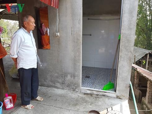 Khu vực nhà tắm nơi đối tượng Luân bế cháu Kh vào trong rồi s.át hại. Ảnh: vov.vn