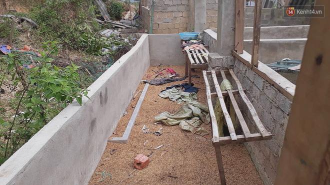 Khu vực chuồng lợn nơi phát hiện t.hi th.ể nữ sinh xấu số.