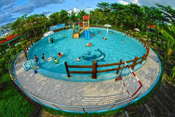 Khu du lịch Bửu Long cũng có rất nhiều trò chơi thú vị (Nguồn: Ivivu.com)