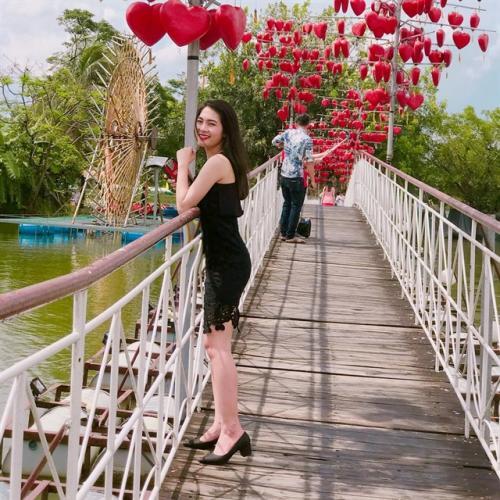 Khu du lịch Bửu Long cũng có một cây cầu tình yêu ngọt ngào (Nguồn: _chut98_)