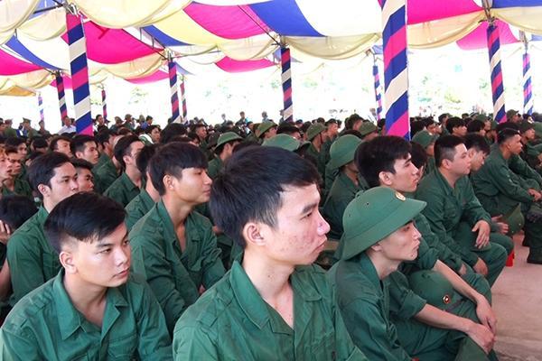 Các tân binh tham dự lễ khai mạc hội trại tòng quân