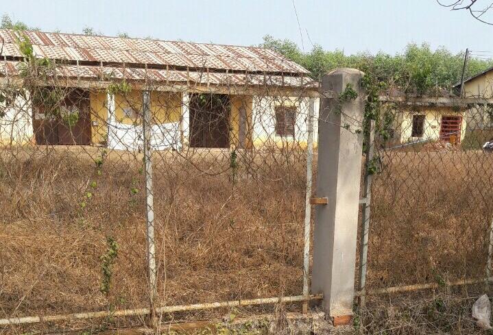 Nhà kho nơi phát hiện xác nạn nhân H dưới mái hiên