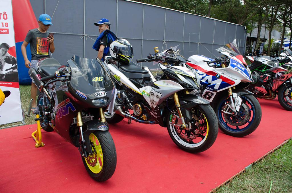 Các ứng viên của cuộc thi xe độ đẹp có Honda MSX độ dàn ào full carbon của TYGA cũng như Yamaha Exciter 150cc độ bánh S1000RR.