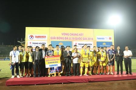 U19 Hà Nội trở thành cựu vương.