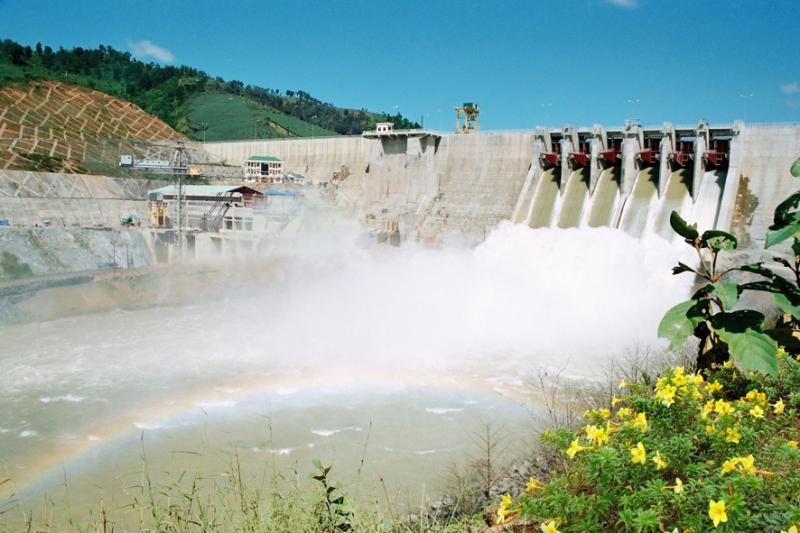 Về quan điểm đầu tư xây dựng các dự án thủy điện trên địa bàn tỉnh, đến nay đã có 35 thủy điện đang vận hành và 6 thủy điện đang triển khai đầu tư nên tỉnh chủ trương không phát triển thủy điện bằng mọi giá.