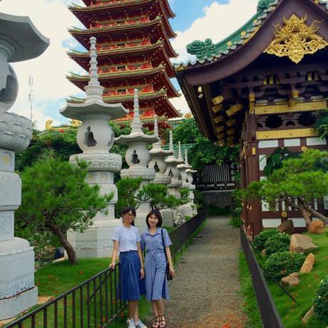 Du khách check - in ở chùa Minh Thành. (Nguồn: Minhtom)