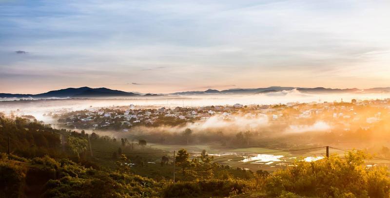 Toàn cảnh phố núi Pleiku đẹp ma mị ở góc nhìn trên cao