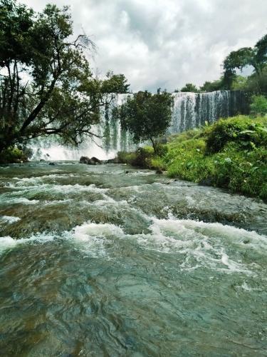 Một thác nước mà theo Chủ tịch huyện Ia Grai Dương Mah Tiệp: Không nơi nào có được như ở Gia Lai.